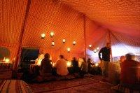 Sultanat d'Oman : Ambiance des tentes, dans lesquelles les cavaliers dineront chaque soir - Gallops of Oman (Galops d'Oman) - Course d'endurance, Raid dans le dŽsert, race in the desert - Photo Christophe Bricot