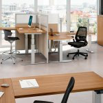 EASTON DESIGN Y QUADRIFOGLIO traen a Chile muebles de oficina Sit&Stand